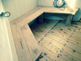 Fitted rustic bench.jpg