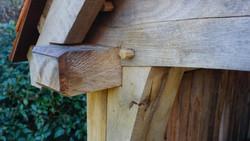 Oak jowl post