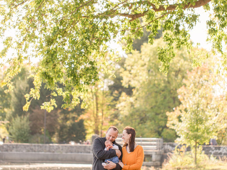 NEW ENGLAND FOLIAGE // MORNING FAMILY SESSION AT CHOATE PARK