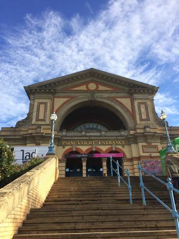 alexandra palace om yoga show