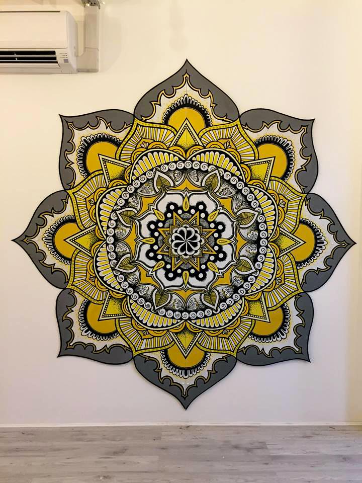 Live Mandala art show