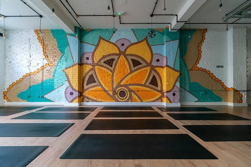 mandala mural phlox