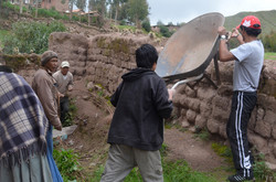 Lowering a wheelbarrow