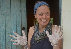 Ashli with dirty hands