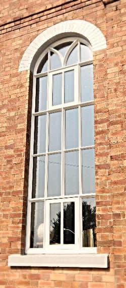 Bespoke Arched Windows, Trefeglwys