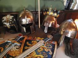 Rüstung Helm Schwert Schild