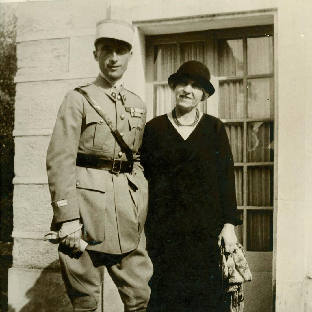1931- Rene de Roys et sa mère,