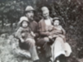 Swedish family in the early 1900s in Västergötland