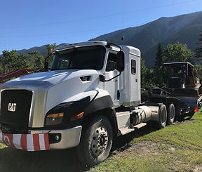 2015 CAT CT660 Sleeper Truck Tractor