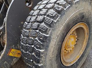 Volvo L90E Wheel Loader - Front Right Ti