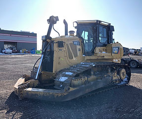 2013 CAT D7E LGP - Front Right.jpg