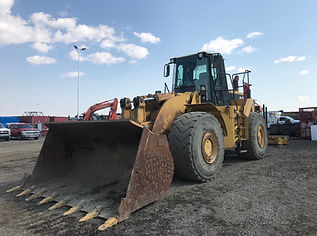 CAT 980G - Front Right.jpg