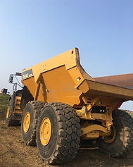 John Deere 460E Articulated Rock Truck -