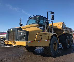 2015 CAT 740B EJ Articulated Rock Truck