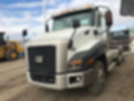 2013 CAT CT660 Day Cab - front right.jpg