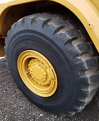 2016 CAT 730C - Front Right Tire_edited.
