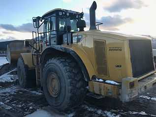 2013 CAT 980H - Back left.JPG