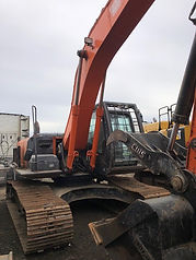 2013 Hitachi ZX250LC-5N - Front Left.jpg