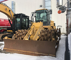2014 CAT 815F Series II Compactor