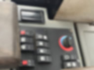 2011 CAT 930H - Controls.jpg