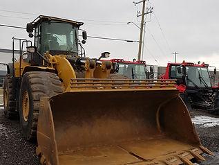 2014 CAT 980K - Front Left.jpg