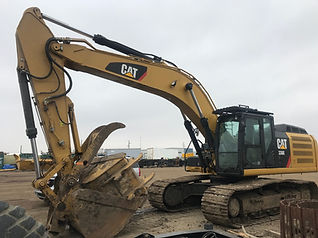 2014 CAT 336E - Front Right.jpg