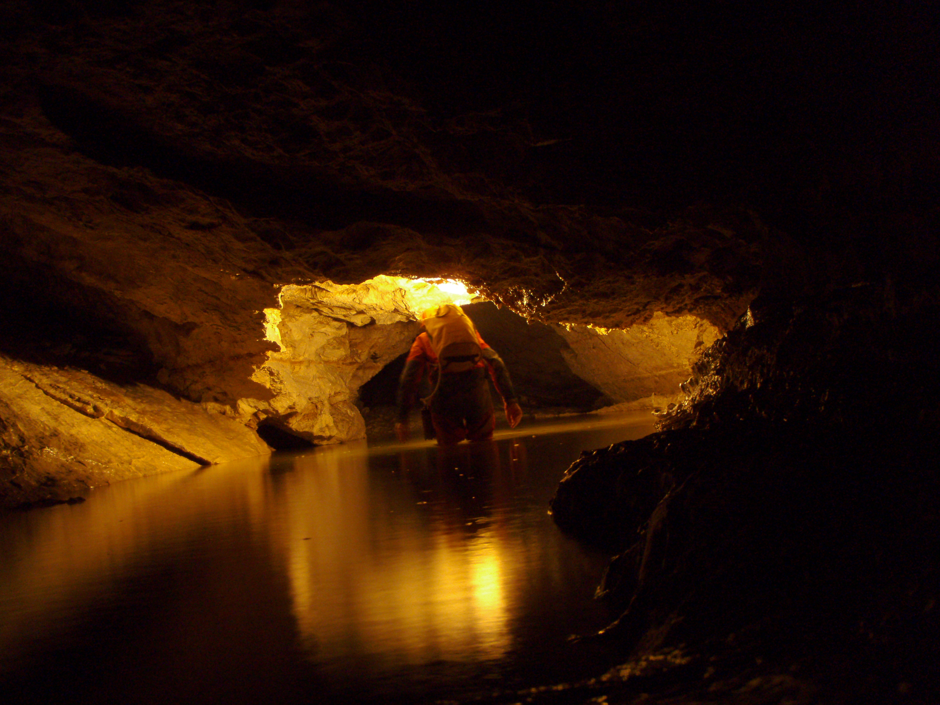 Caving Waterworld (29)