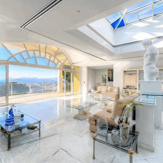 bianco-venatino-marmor-bodenbelag-villa-luxus.png
