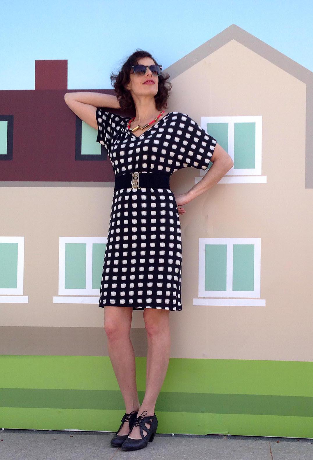 שמלת מניפה משבצות