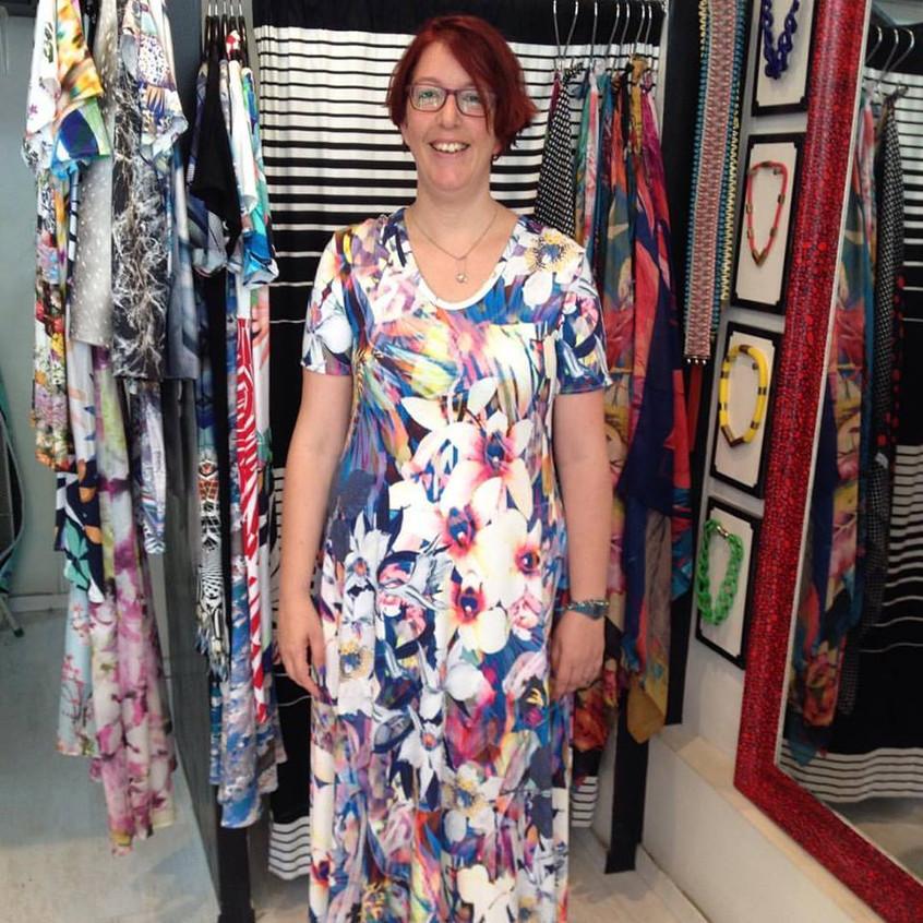שמלת מקסי מתרחבת פרחונית