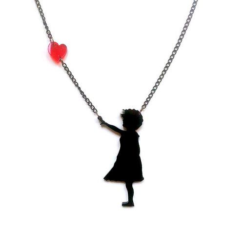 שרשרת ילדה עם לב