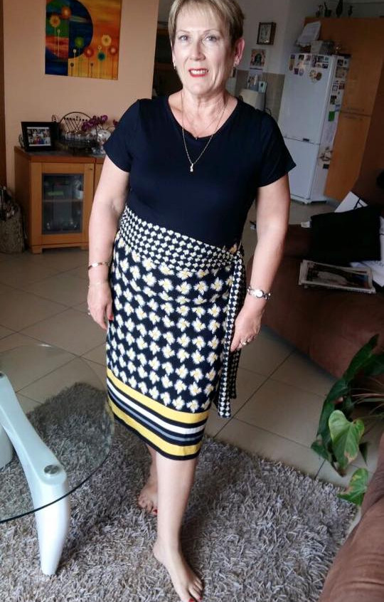 שמלת חמניות