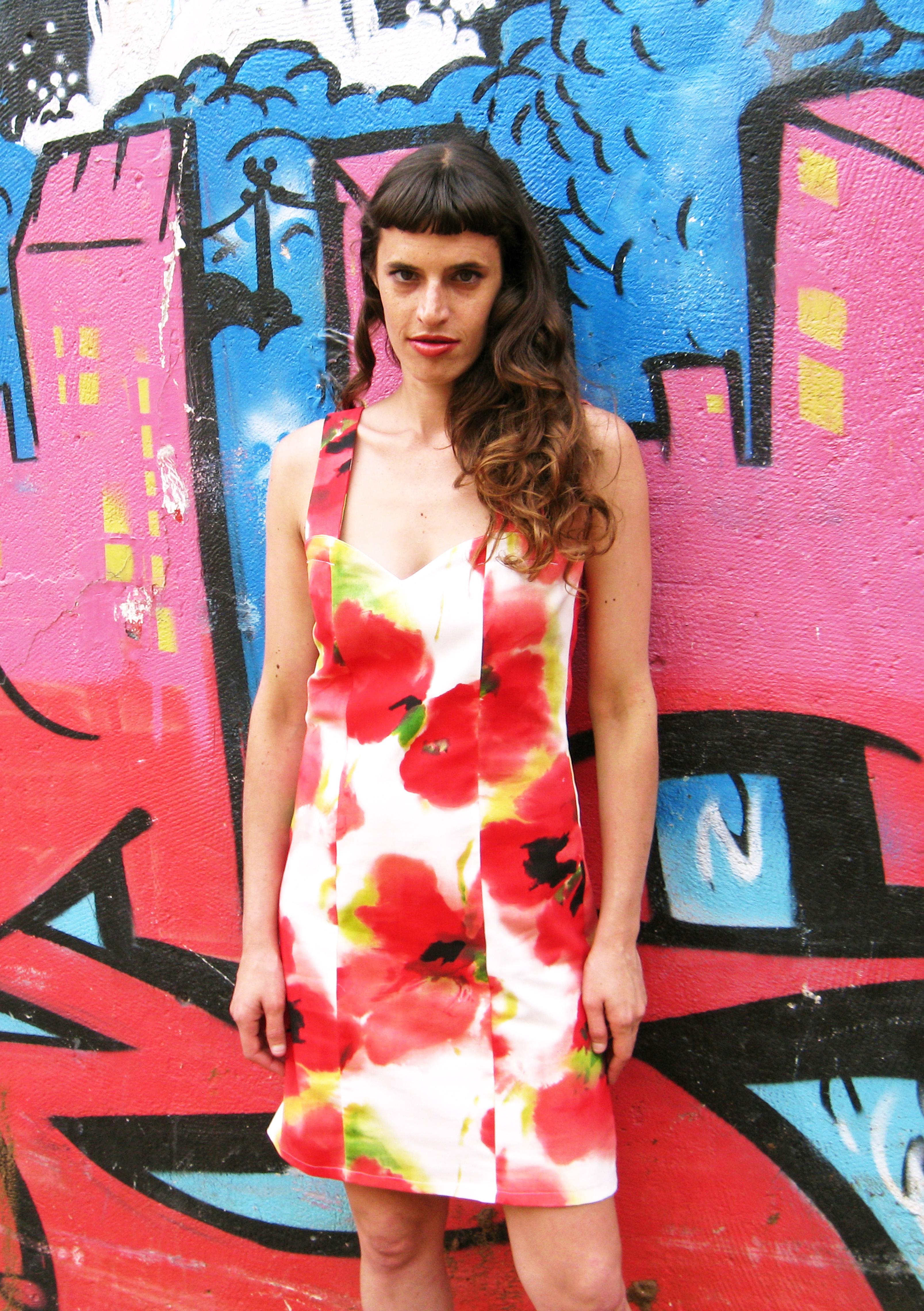 שמלת גלים פרחונית