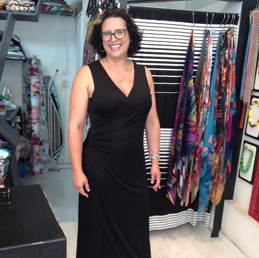 שמלת מעטפה מקסי שחורה