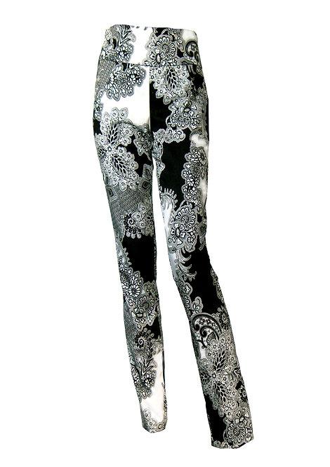 מכנסיים גבוהים שחור לבן