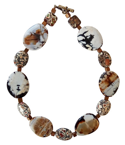 White Agate & Howlite Stones Necklace