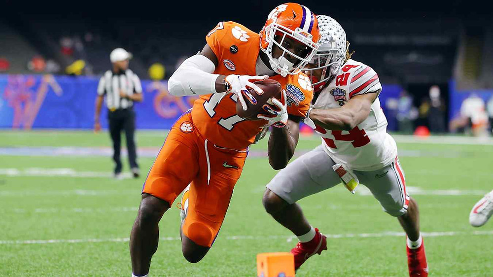 Cornell Powell reaching for a touchdown.