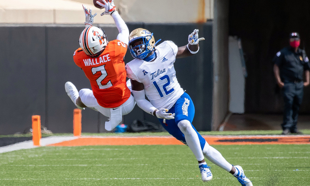 Tylan Wallace making a leaping grab.