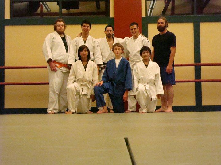Class photo oct. 2010.jpg