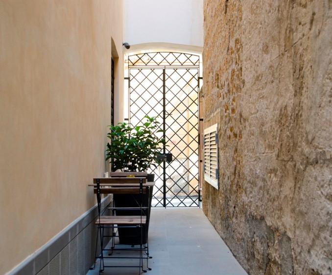 Ponticello Apartments_corridoio esterno