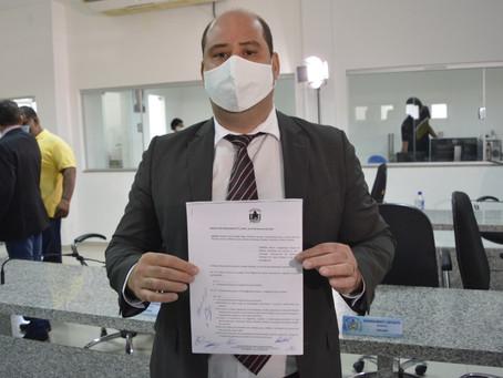 Projeto de Renato Brandão solicita criação de Comissão de Direitos dos Animais em Juazeiro