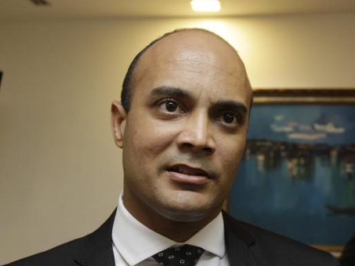 Deputado baiano quer criar banco de milhas para compra de passagens áreas.