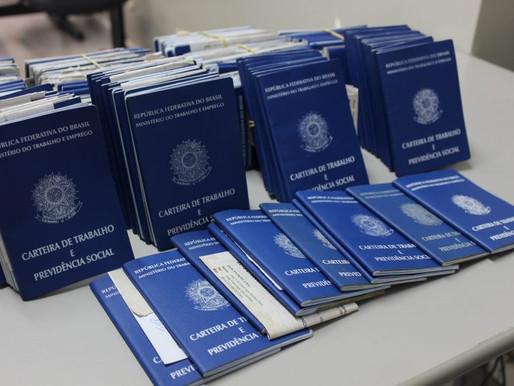 Brasil cria 129 mil vagas de emprego formal no melhor mês de abril em 6 anos.