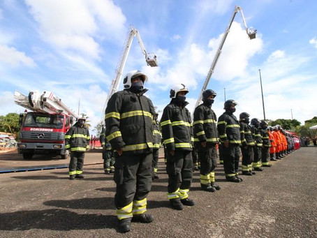Bombeiros ganham novos comandante-geral e equipamentos