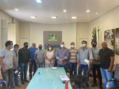 Renato Brandão participa de reunião para tratar de demandas da construção civil