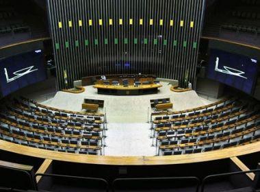 Evangélicos e até oposição veem votos para derrubar veto de Bolsonaro a dívidas de igrejas