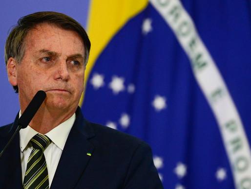 Bolsonaro deve se vacinar contra  a Covid-19 neste sábado (3)