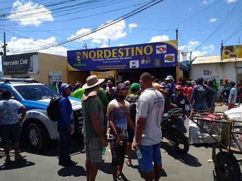 Após tiroteio, homens são encontrados mortos dentro de loja no Mercado do Produtor de Juazeiro