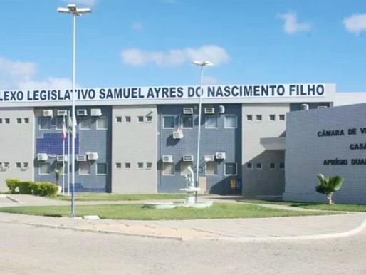 Vereador de Juazeiro faz duras críticas ao Prefeito Paulo Bomfim em sessão da Câmara.