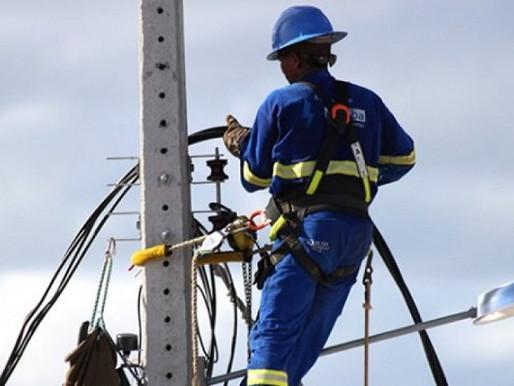 Projeto que proíbe suspensão de energia por falta de pagamento é apresentado no Senado
